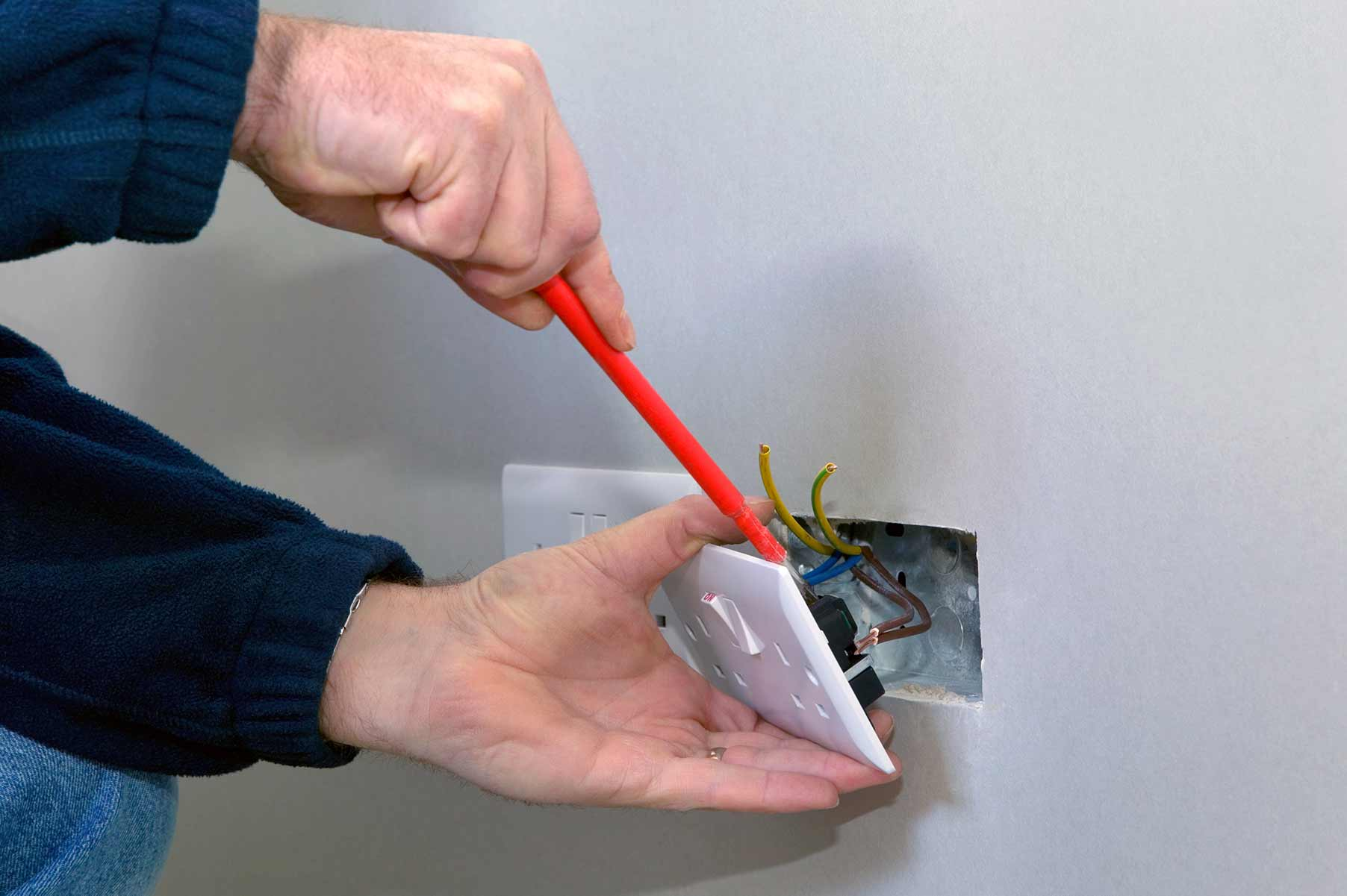 Our electricians can install plug sockets for domestic and commercial proeprties in Stratford and the local area.